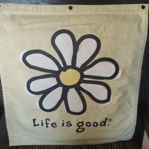 Life is Good Daisy Flag